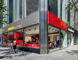 df6b782d54 Ferrari abre nova loja em Nova York – Infinite Luxury
